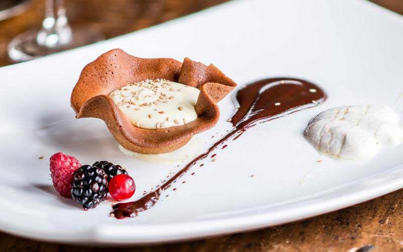 Mousse di cioccolato bianco  - Ristorante Boccanegra Firenze