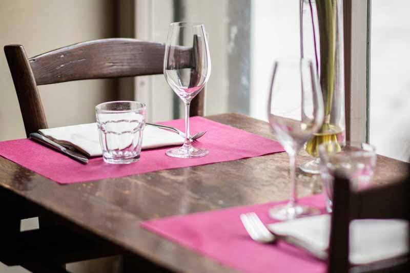 Tavolo alla finestra del Boccanegra