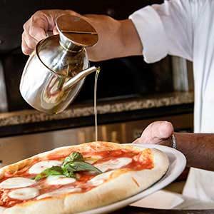 Pizzeria Boccanegra a Firenze - farine macinate a pietra e lievitate 48 ore