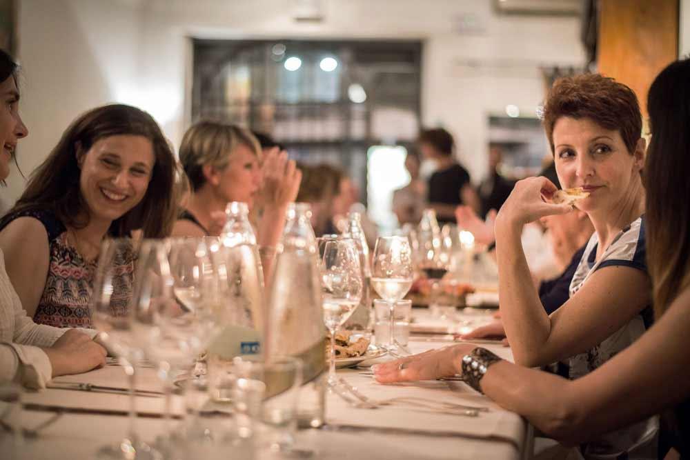 Una cena fra amici all'osteria Boccanegra di Firenze