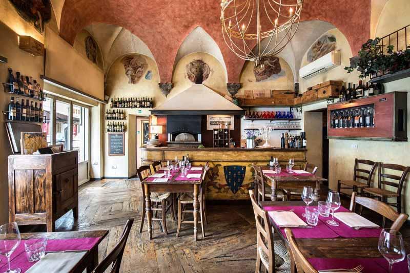 Sala della Pizzeria Boccanegra a Firenze
